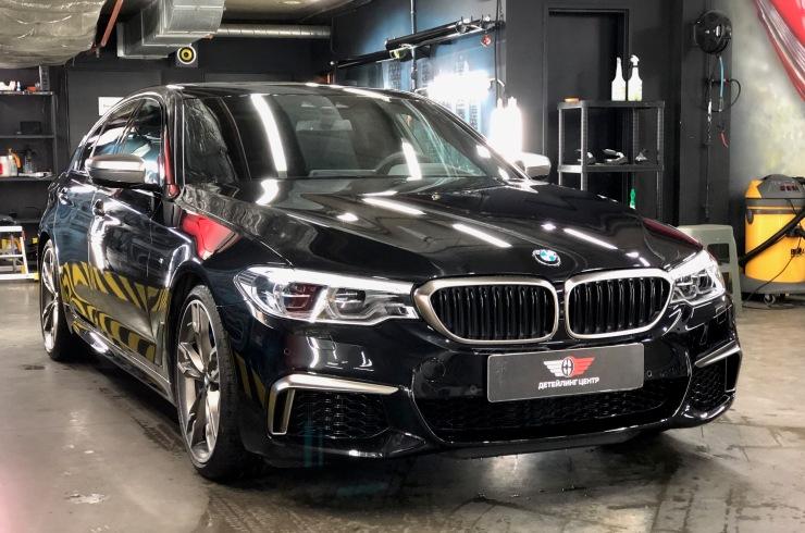 Оклейка автомобиля BMW M5